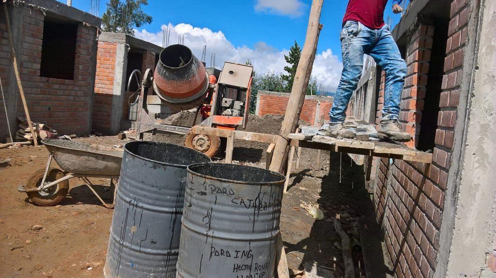 construccion techo propio cajabamba
