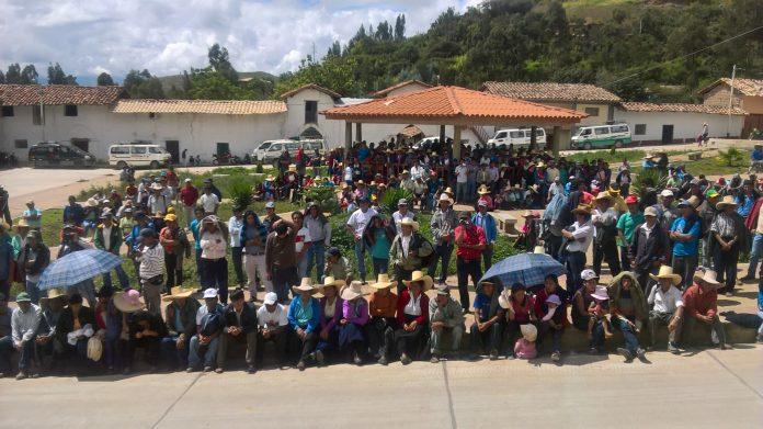 Miércoles 26 de abril del 2017, Día histórico para los productores del Valle de Condebamba. El pueblo masivamente y por unanimidad por segunda vez dijo no a la explotación minera del cerro el plomo. La Dirección Regional de Energía y Minas declaro la nulidad del taller por ausencia de la minera